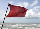 Опасности купания в океане